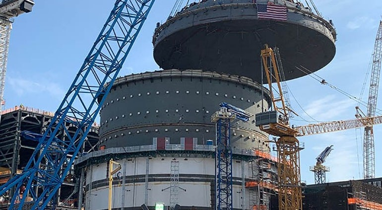 Containment Vessel Top Head Lifted Into Place At Unit 4