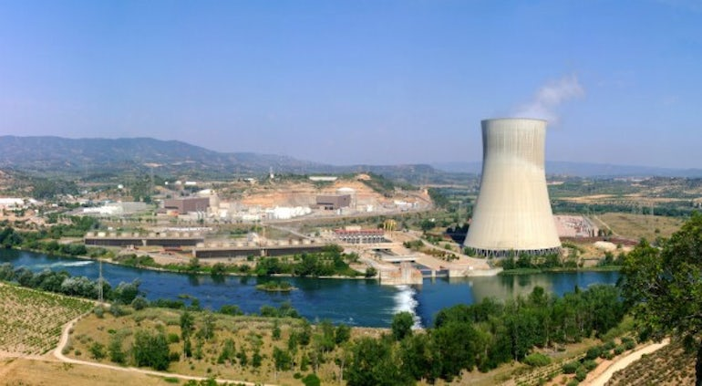 Industry Group Urges Gov't To Guarantee Viability of Nuclear